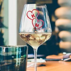 Γυάλινο Ποτήρι Κρασιού με Καρδιές Προσωποποιημένο με Αρχικά